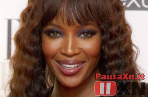 Gossip: Lite Olimpica tra la Pellegrini e Naomi Campbell Naomi Campbell vacanza