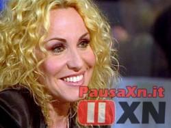 TV: Antonella Clerici Assente per un Controllo di Salute