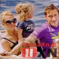 Ilary Blasi e Francesco Totti Stanno Pensando al Terzo Figlio?